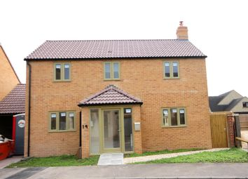 Thumbnail 3 bed detached house for sale in Cotswold Close, Minster Lovell, Witney, Oxofrdshire