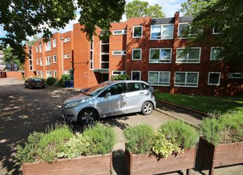 Thumbnail 2 bed flat to rent in Fenners Lawn, Cambridge