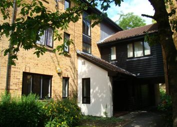 Thumbnail Studio to rent in Tanglewood Way, Feltham, Middlesex