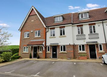 Thumbnail 3 bed town house to rent in Lightcroft Cottages, Eastbrook Way, Hemel Hempstead, Hertfordshire