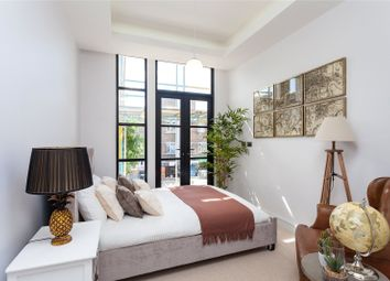 Thumbnail 2 bed flat for sale in High Road, Finchley, London