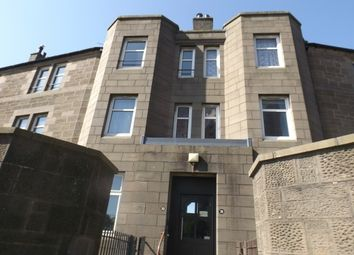 Thumbnail 3 bedroom flat to rent in Polepark Road, Dundee