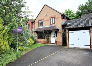Thumbnail 3 bed detached house for sale in Pine Close, Bicester