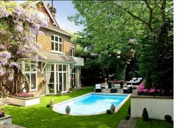 Thumbnail 8 bed detached house to rent in Frognal, London