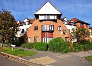 Thumbnail 1 bed flat to rent in Norton Way North, Letchworth Garden City