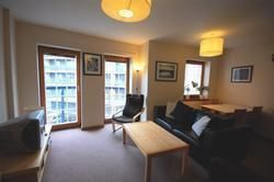 2 bed flat to rent in Sheriff Bank, Edinburgh EH6