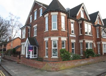 Thumbnail 1 bed flat to rent in Kimbolton Avenue, Bedford