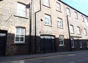 2 bed flat to rent in Cheapside, Wakefield WF1