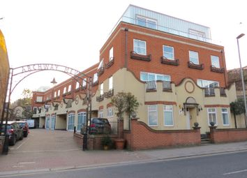 Thumbnail 1 bed property for sale in Archway Mews, London