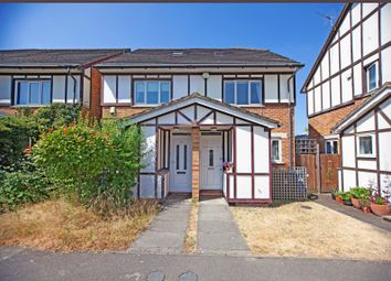 3 bed property for sale in Heton Gardens, London NW4