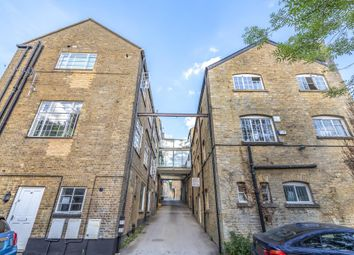 Thumbnail 1 bed flat to rent in West Street, Chipping Norton