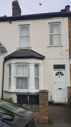 Thumbnail 1 bed flat to rent in Lansdowne Road, Hounslow