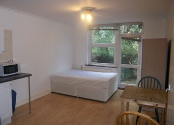 Thumbnail Studio to rent in Manstone Road, Kilburn, London