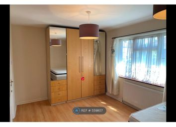 Room to rent in London, London SM4