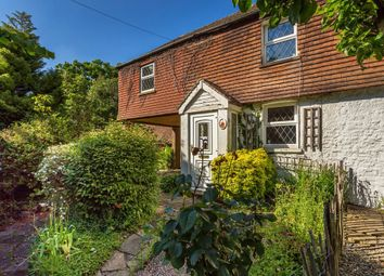 Thumbnail 2 bedroom cottage for sale in Westerham Road, Oxted