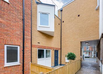 Thumbnail 3 bed property for sale in Vicarage Crescent, Battersea