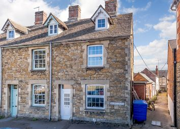 3 bed town house for sale in Bromsgrove, Faringdon SN7