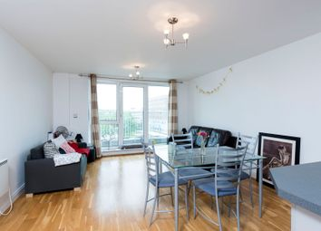 Thumbnail 2 bed flat to rent in Lombard Road, London