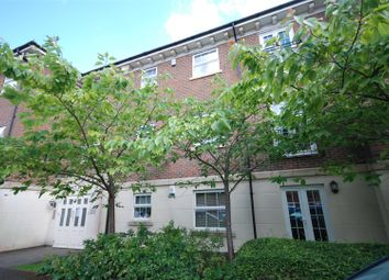 Thumbnail 2 bed flat to rent in Jago Court, Newbury
