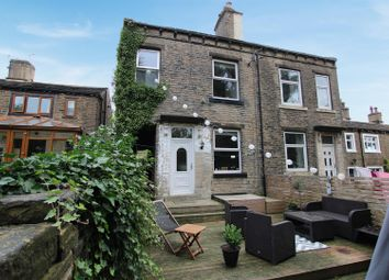 4 bed end terrace house for sale in Lydgate, Northowram, Halifax HX3