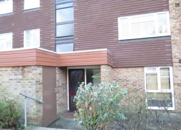 Thumbnail 2 bed flat to rent in Garrick Crescent, Croydon