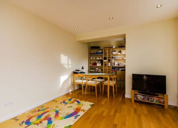 Thumbnail 2 bedroom flat for sale in The Watergarden, Limehouse