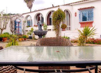 Thumbnail 4 bed villa for sale in Los Reales, Estepona, Málaga, Andalusia, Spain