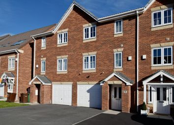 Thumbnail 4 bed town house for sale in Sunnydale Gardens, Ossett