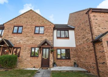 Thumbnail 2 bed flat for sale in The Larches, Carterton