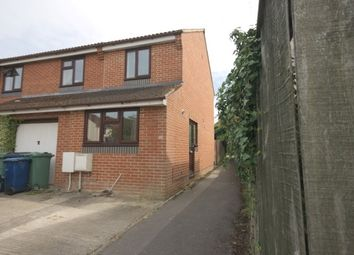 Thumbnail 2 bedroom property to rent in Bampton Close, Littlemore, Oxford