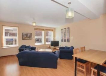 Thumbnail 2 bed flat to rent in Holly Lodge, Wimbledon
