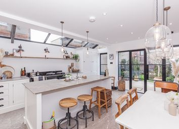 Walton Street, Oxford OX1. 4 bed terraced house for sale