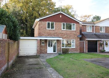 Thumbnail 4 bed detached house for sale in Newlands Close, Yateley
