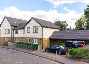 Thumbnail 1 bed flat to rent in Friends Avenue, Cheshunt, Waltham Cross