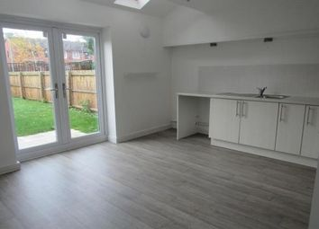 3 bed town house to rent in Cambridge Place, Salford M5