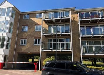 Thumbnail 2 bed flat to rent in Foxglove Way, Luton