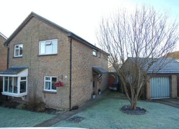 Thumbnail 4 bedroom detached house for sale in Meadow Way, Yarnton, Kidlington