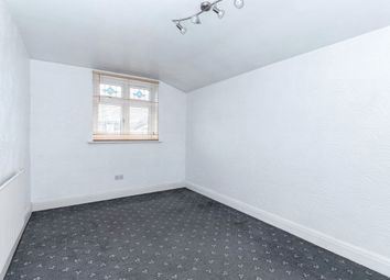 Thumbnail Room to rent in Byron Avenue, London