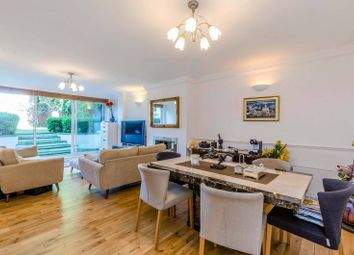 Thumbnail 3 bedroom flat for sale in Platts Lane, Hampstead