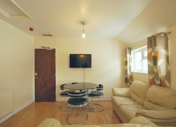 Thumbnail 2 bedroom flat to rent in Ninian Road, Cardiff