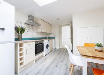 Thumbnail 1 bed flat to rent in St. Georges Road, Golders Green, London