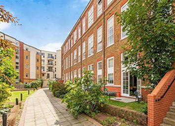 Enfield Road, London, London N1. 1 bed flat