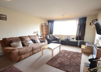 Thumbnail 2 bedroom flat to rent in Colemans Moor Road, Woodley, Reading
