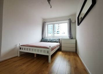 Room to rent in Salmon Lane, Limehouse / Westferry E14