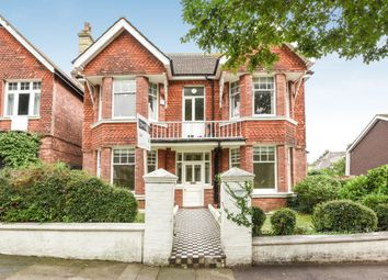 Thumbnail 3 bed flat to rent in Wilbury Gardens, Hove