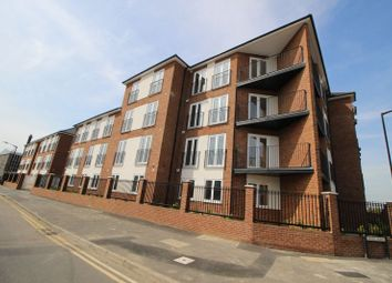 Thumbnail 1 bed flat to rent in Stoke Gardens, Slough