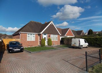Thumbnail 2 bedroom detached bungalow to rent in Sandown Avenue, Calcot, Reading