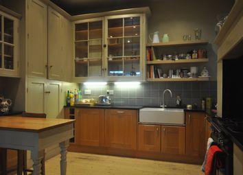 Thumbnail 6 bed terraced house to rent in Pelham Road, Northfleet, Gravesend