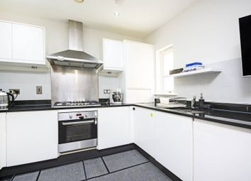 3 bed property for sale in Claremont Road, Cricklewood, London NW2