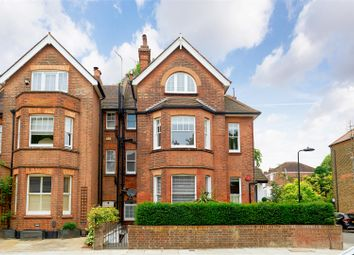 Thumbnail 2 bed flat for sale in Platt's Lane, Hampstead, London